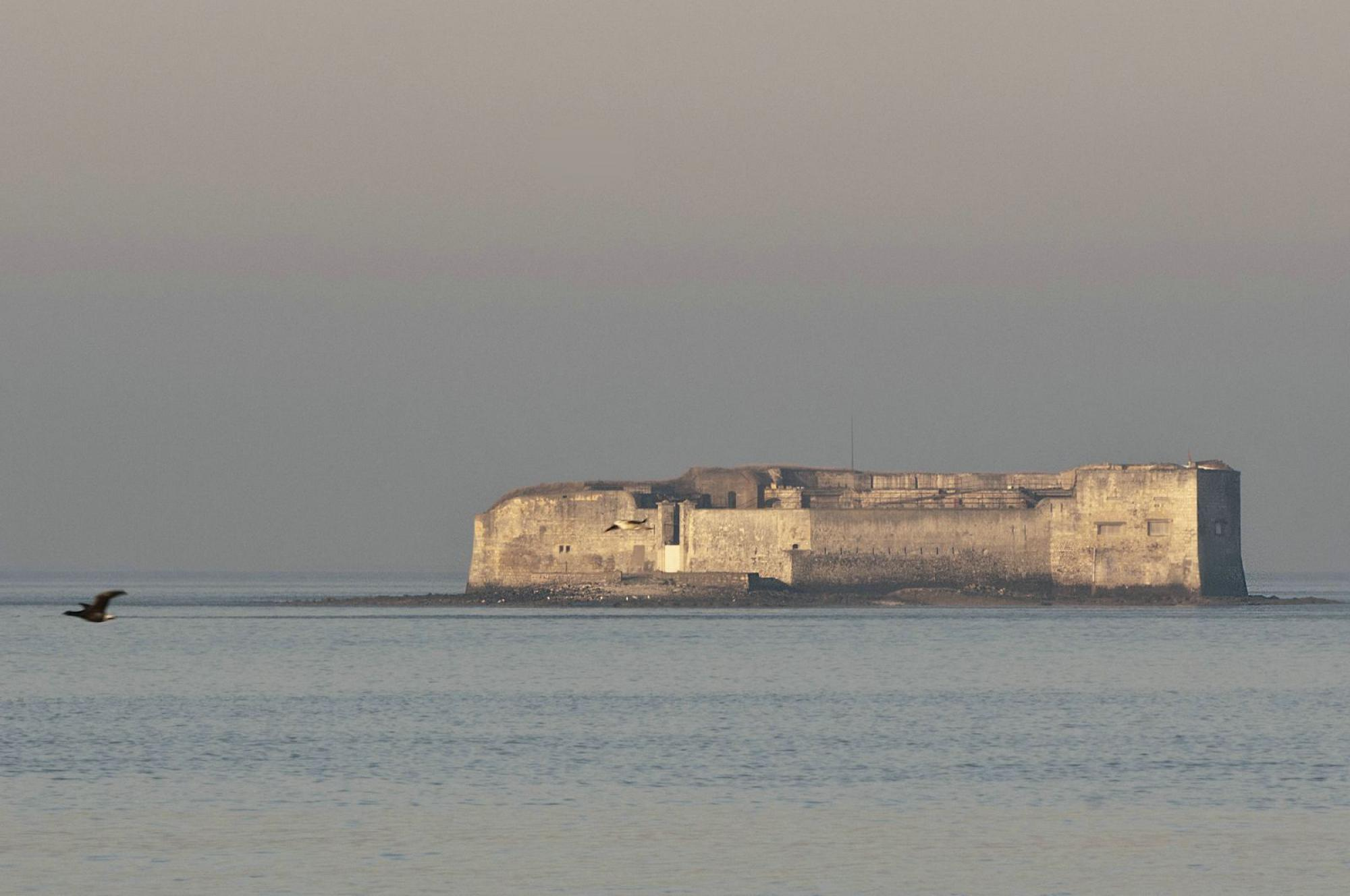 Guided tour of Fort Enet - Historic monument - Fouras-les-Bains